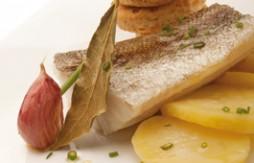 Bacalao confitado con patatas y Quely Rustic integral