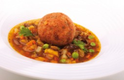 Vegetable Stew with Pork Meatballs and Quelitas biscuits